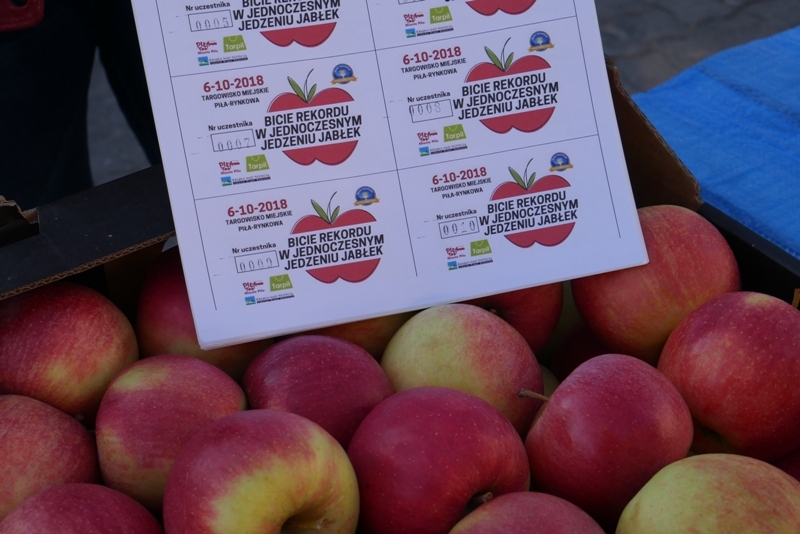 SMAKI REGIONU – targowiska przepełnione smakami, zapachami i jabłkami